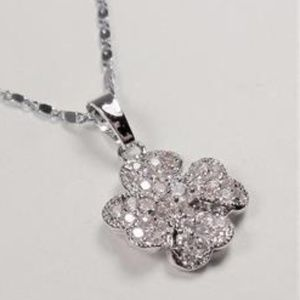 Jewelry - SILVER TONE FOUR LEAF CLOVER SPARKLING NECKLACE